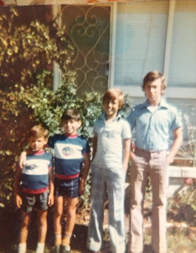Childhood photo of Arthur Bozikas and his brothers in 1971.